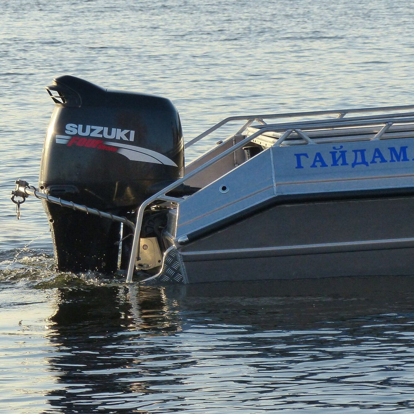 Лодочный мотор Suzuki DF 140 A TL